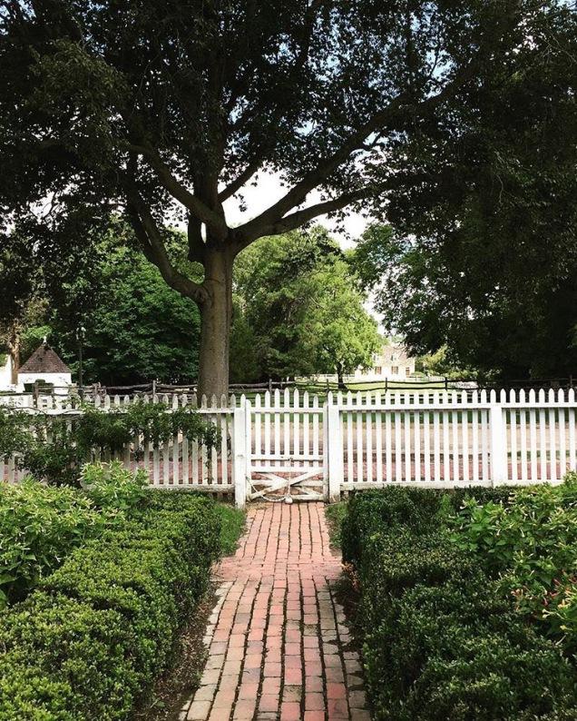 Colonial Garden Gate
